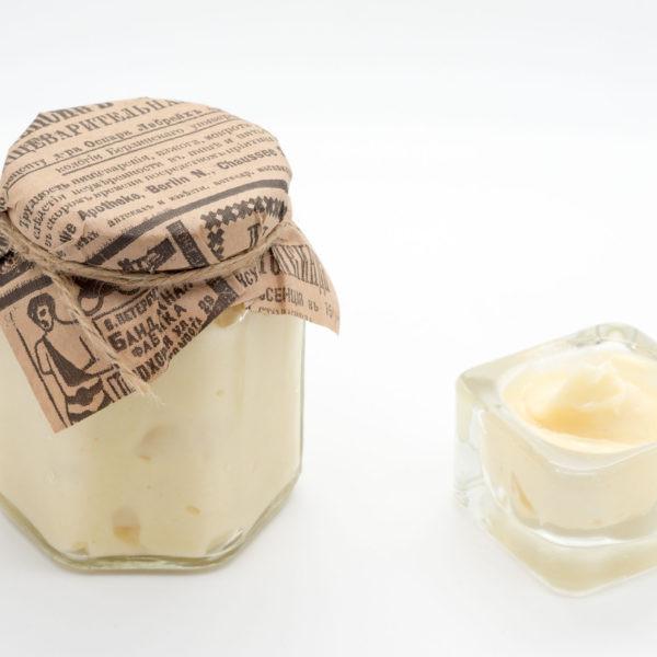 Аккураевый мёд: полезные свойства и противопоказания